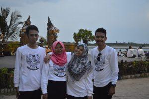 Delegasi Makassar di Deklarasi Netizen MPR-RI menikmati sore di Jimbaran Resto Ancol