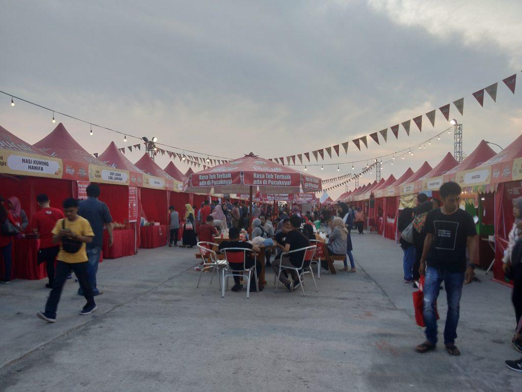Suasana di Zona Gurih Pucuk Coolinary Festival